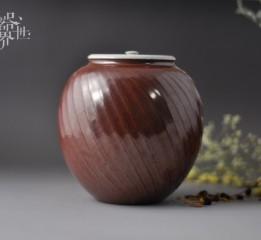 """原创手工精品紫金釉茶叶罐由器开始,从器入茶,再从茶领悟生活美学,这就是我们的""""器世界""""。"""