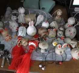 缺少爱,今年做了一批陶瓷玩偶,表达
