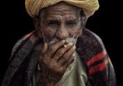 人像组-抽烟的老人-七群-风之舞者