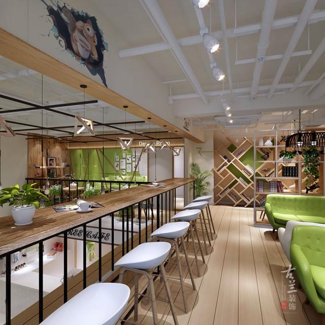 """四、咖啡厅装修的空间设计    成都咖啡厅设计装修公司设计,咖啡厅的空间要与其总体装修设计风格相互搭配。可通过虚的手法遮挡视线在空间布置上,似隔非隔,隔中有透,实中有虚。例如利用布慢、漏墙、珠帘、屏风、竹篱、木栅等缓冲通道与视线;又如,利用通道的回绕曲折相通,不使人一目了然。适当的分隔还可满足部分客人不想被打扰的心理,这就是所谓的""""圆必隔""""。"""