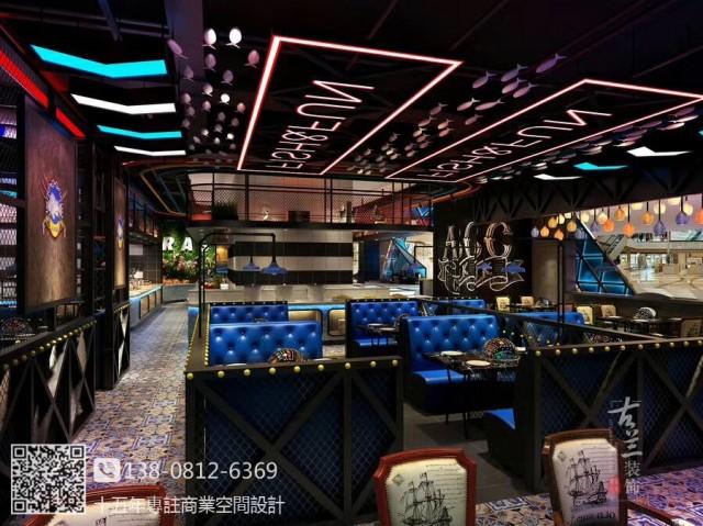 大东海自助海鲜牛排餐厅主要设计元素是工业风和夜店风。将二者现在受年轻人青睐的风格结合起来。再融入餐饮的元素结合海鲜的主题。打造了一个梦幻的海鲜世界,视觉冲击力强,深受年轻客户群体喜欢。