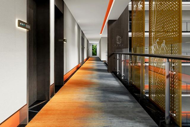 中式风格讲究的是对意境的抒发,无论是最常见的各种山水画,还是各种园林景观,都讲究是对于空间氛围的营造,以借景抒情的手法将酒店空间打造的特别有意境,使得室内空间更具有层次感,更自然,更能容易让消费者熟悉酒店,从而打造出一个中式风格浓郁四星级酒店。