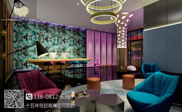 西安维度酒店是由古兰装饰酒店设计团队为其打造,设计师将时尚与生活兼具,让古都也不缺乏时尚的元素。