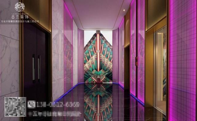 走进大厅,没有复杂的设施,温馨的灯光设计为大厅带来别样的感觉,就连角落标识摆件的也为这个空间带来一丝小感动。在这个休憩的场所,温馨的灯光带来静谧,宾至如归或许就是如此。没有什么比住在一间房更能拉近亲子之间的关系了。