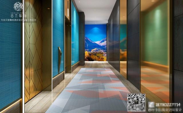 济南的酒店和其他地方的酒店不一样,在设计的时候考虑的主要方向就是旅游人群,我们都知道旅游人群的功能需求和一般的住户不一样。精品酒店在设计方向上面就得考虑景观方面的设置。
