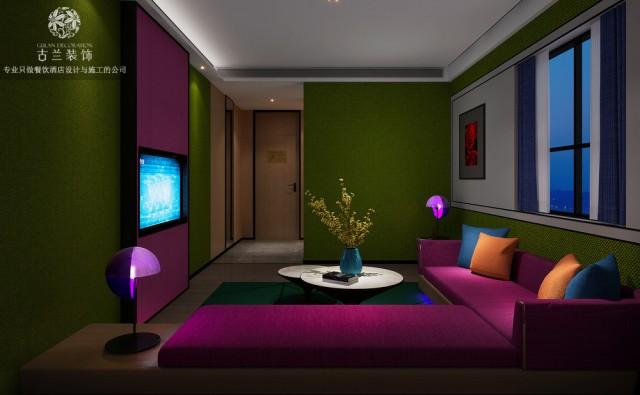 别的,精品酒店外墙的装饰主要看远作用,资料的质感相对粗些不妨。室内装饰规划多数是在近距离内调查,甚至或许与人的身体直接接触,一般选用较为细腻质感的资料。较大的空间如公共设施的精品酒店大堂、宴会厅、会议厅等的内墙恰当选用较大线条及质感粗细改动的资料有好的装饰作用。