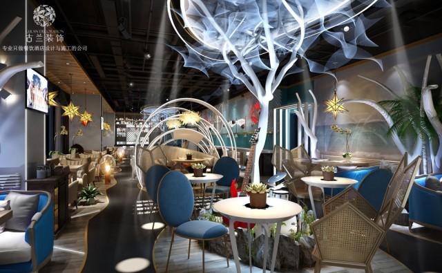 第二:人性化 当然说道个性化,就有很多的主题餐厅就只注重个性化而忽略了人性化这一点,整个环境过于的个性化甚至说天马行空,就会有太多的人体工程学设计的问题被忽略,顾客内消费总会感到各种各样的不舒适不合理,形象大打折扣,所以我们在设计主题餐厅的时候,既要满足我们的个性化设计,还要有比较充分的人性化设计。比如:座椅是否舒服,环境是否通透,餐桌摆放的方位,过道的宽度是否合适,卫生间是否隐蔽舒适等等这些问题都是我们设计时候需要考虑到的人性化设计,只有把人体工程学融入到设计中,这样才会呈现出一间既符合审美由由高体验度的主题餐厅。
