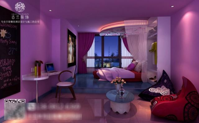 在哎角酒店设计的时候,通过外部装饰的设计手法营造出海洋味十足的主题房,迎合了一些年轻的酒店客户群体在浪漫的晚上拥有与众不同的酒店客房体验,从而提升酒店客户群体的满意度和舒适度。