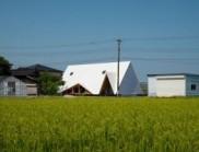 巨大的帳篷:日本鄉村木屋建筑設計