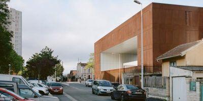 位于法國南特雷的整體監獄建筑設計的相關圖片