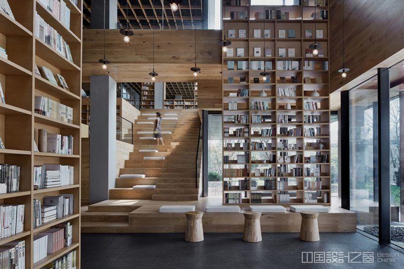 杭州天然木结构图书馆设计,让你沉浸在书海的世界里
