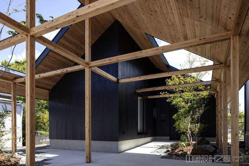 日本挂川古城的一个木框架房子设计