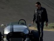 一半汽车一半摩托车怀旧跑车
