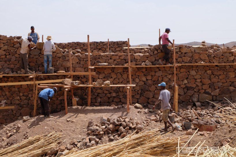 BC architects works with the local community to build 'the women's house' in rural morocco