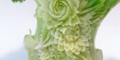 赏心悦目的饭桌!将水果和蔬菜手工雕刻成美丽的图案