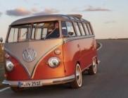 大众将老式微型巴士改造成现代复古电动汽车