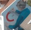 Helen Bur巨型街头壁画亮相Nuart艺术节