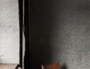 Cedric Etienne在安特卫普港口设计了一个静物房